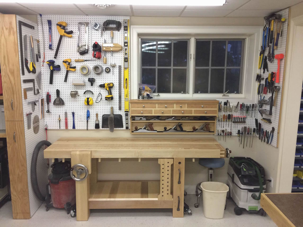 how to setup a small woodworking shop