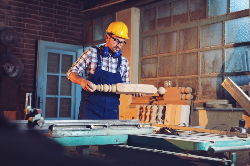 setting up a small woodworking shop